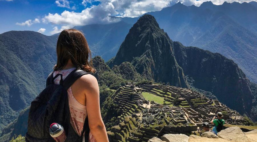 Overseas Adventurous Traveling